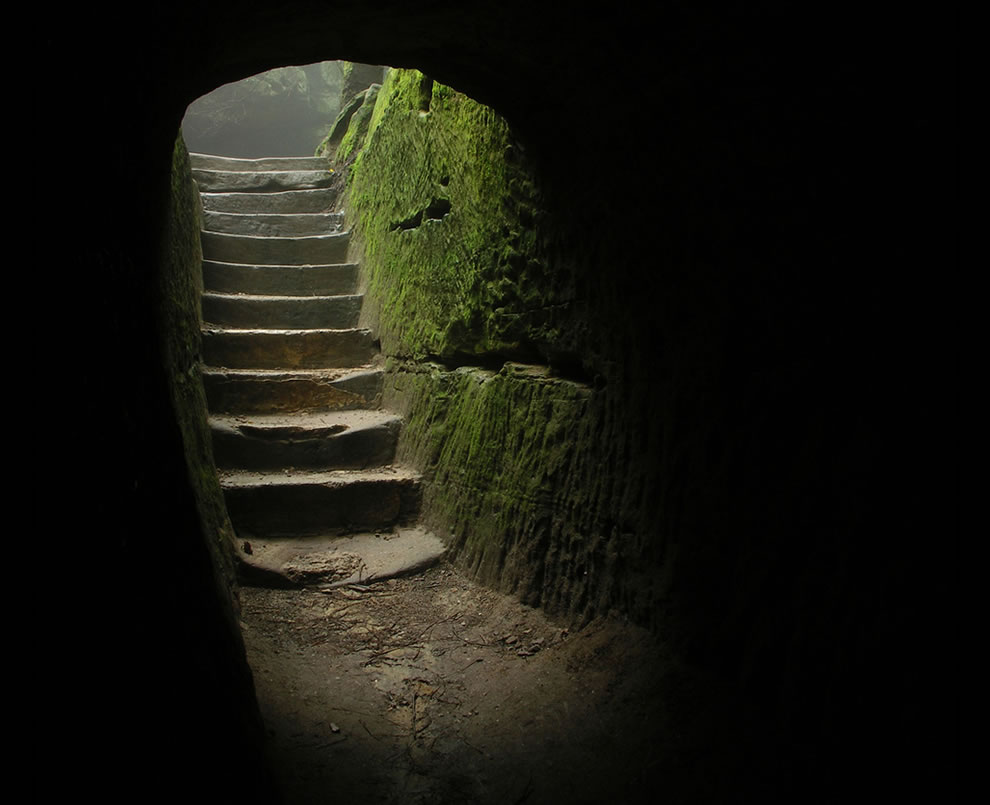 Creepy-stairs-to-cave-at-Hocking-Hills-State-Park